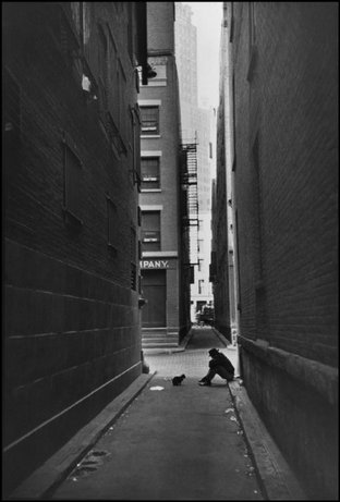 Henri Cartier-Bresson: New York City, Downtown, 1947