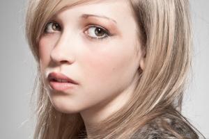 portrait photographer, portrait photography derby, Studio portrait of a young girl
